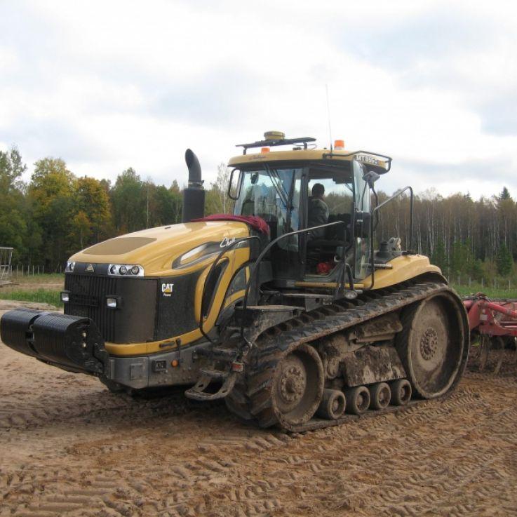 CAT traktors