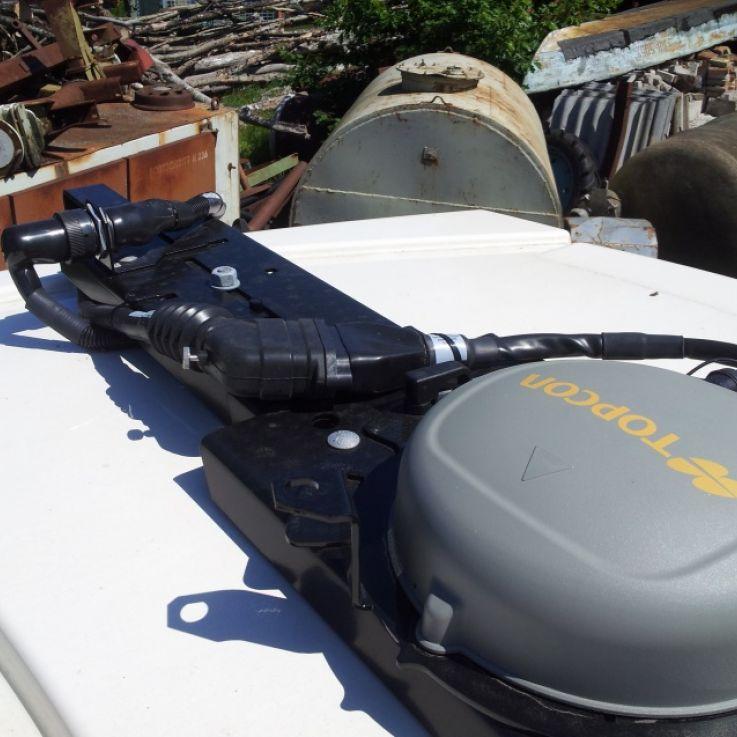 AGI-4 uztvērējs un specifisks jumtas kronšteins