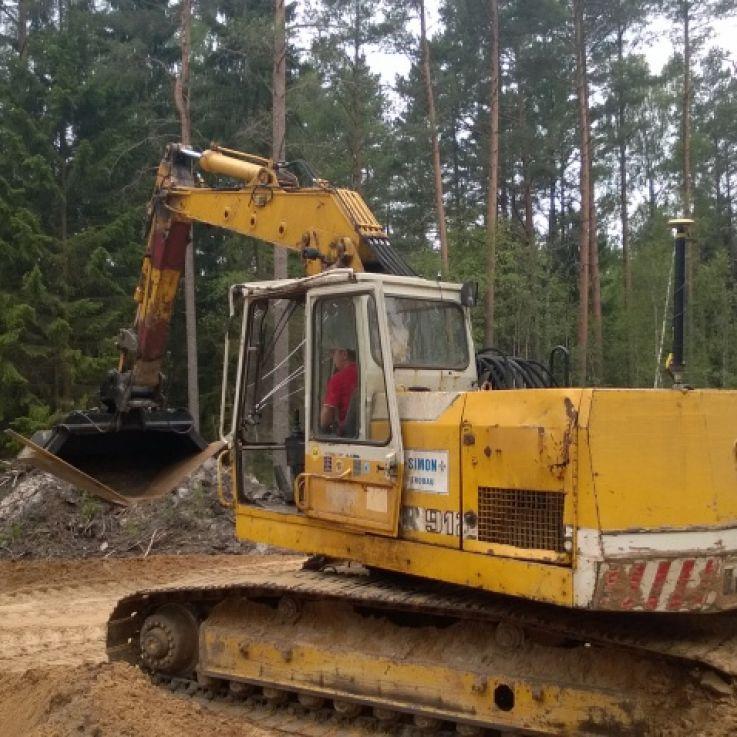 Liebherr ekskavators 912 & buldozers 724